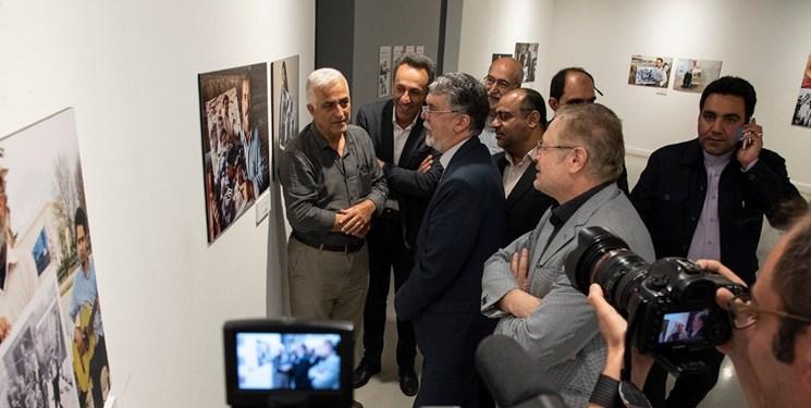 وزیر ارشاد: بخشی از ماندگاری دوران دفاع مقدس مدیون عملکرد عکاسان است