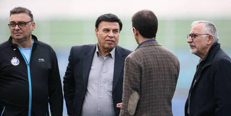 پرویز مظلومی: فوتبالیست ما سواد سیاسی ندارد، اما وارد سیاست میشود