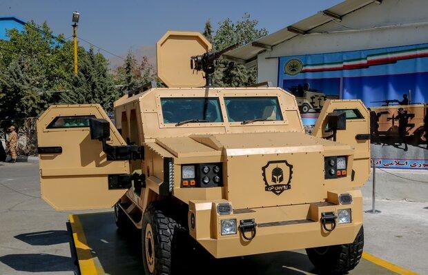 با حضور جانشین فرمانده کل ارتش؛ خودروی «رویینتن» نیروی زمینی ارتش رونمایی شد