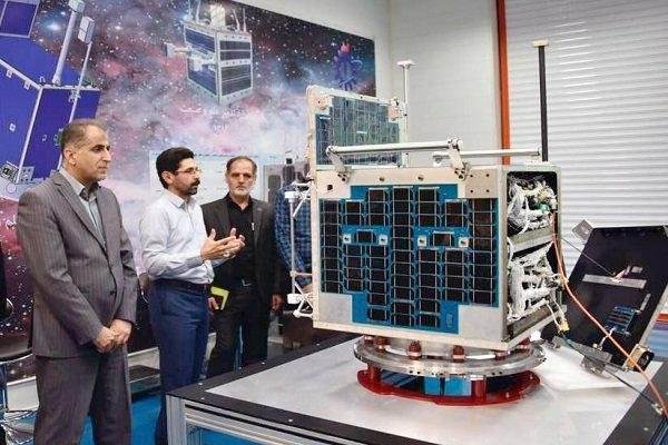 رئیس سازمان فضایی خبر داد؛ ۳ ماهواره تا ۳ ماه آینده برای پرتاب آماده می شوند