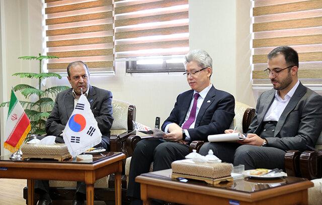 سفیر کره جنوبی در ایران با رئیس دانشگاه تبریز دیدار کرد