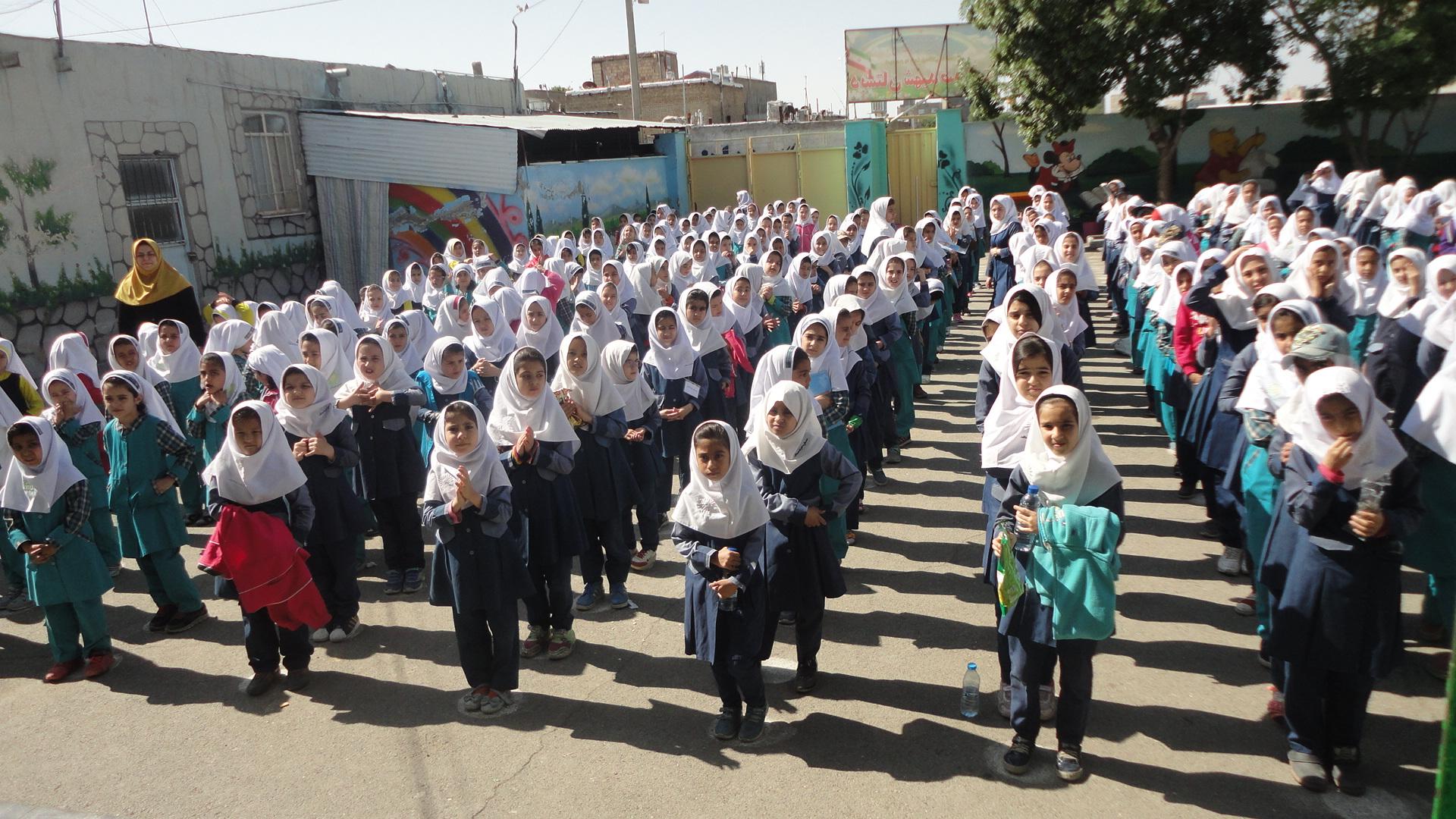 رئیس ستاد اجرایی سند تحول بنیادین آموزش و پرورش: آموزش زبان خارجی در مدارس انتخابی است