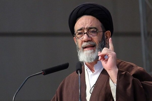 نماینده ولی فقیه در آذربایجان شرقی: دشمن میخواهد در بین اقوام ایرانی اختلاف بیاندازد