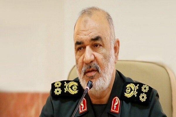 سرلشکر سلامی: دشمن را در تحقق اهداف خود ناکام میگذاریم