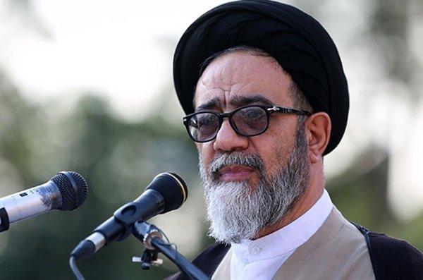 امام جمعه تبریز از مناطق زلزلهزده میانه بازدید کرد