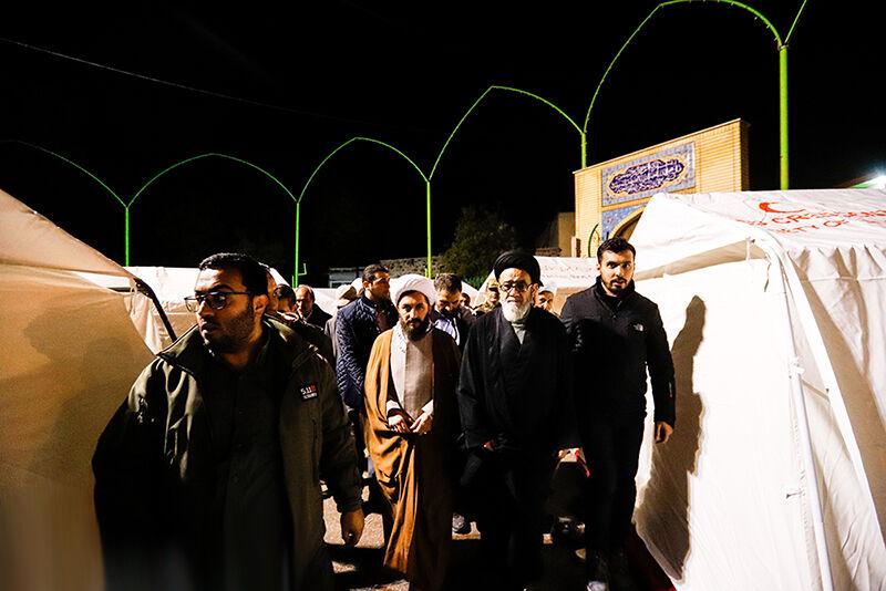 بازدید نماینده ولی فقیه در استان از مناطق زلزلهزده میانه