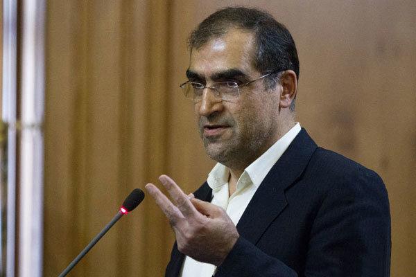 قاضیزاده هاشمی: استانداران خواستار تعویق طرح گرانی بنزین بودند