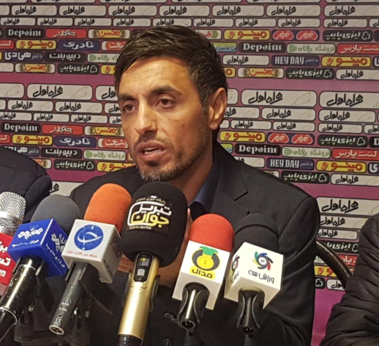 خطیبی: شرافت فوتبال آذربایجان را به نمایش گذاشتیم