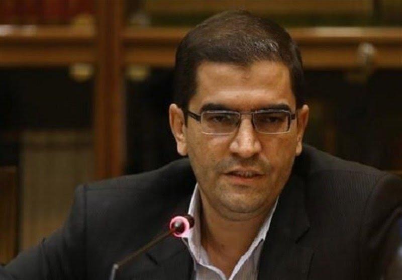 قاضی زاده هاشمی: دولت از درد مردم خبر ندارد
