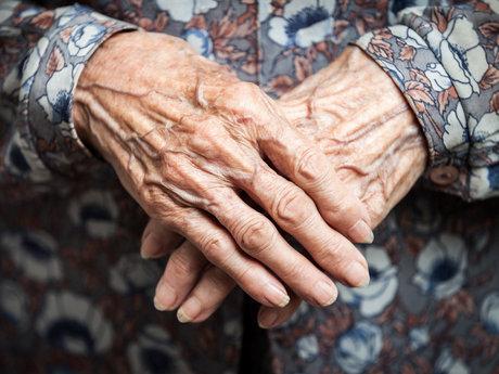 فکر پیری پیرتان میکند
