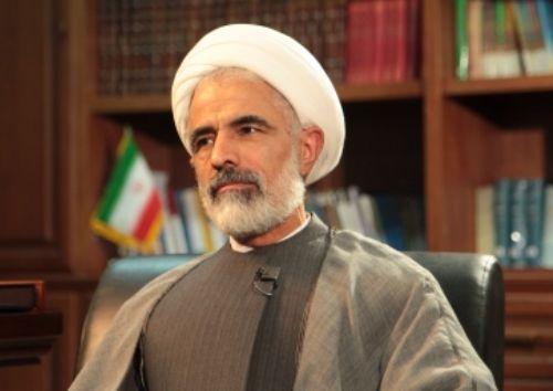 عضو مجمع تشخیص مصلحت نظام: فرمان بمباران پیامکی به اعضای مجمع از یک ستاد معین صادر شده است