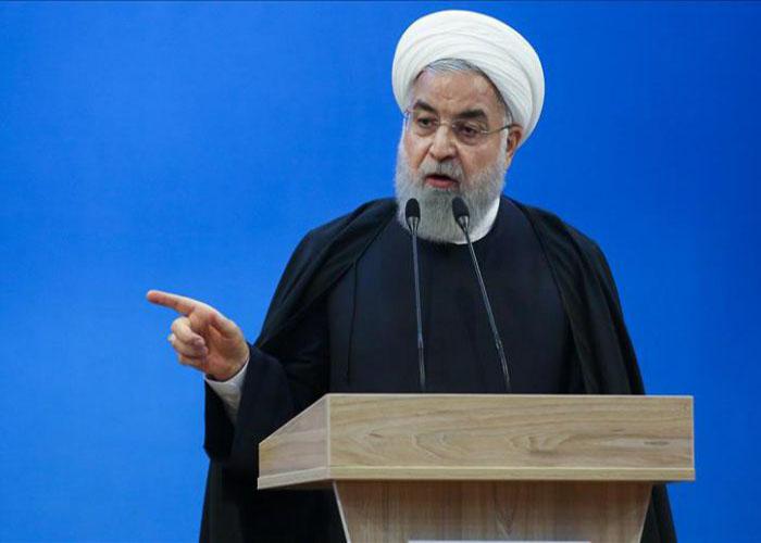 روحانی: دست سردار سلیمانی را قطع کردید پایتان را از منطقه قطع می