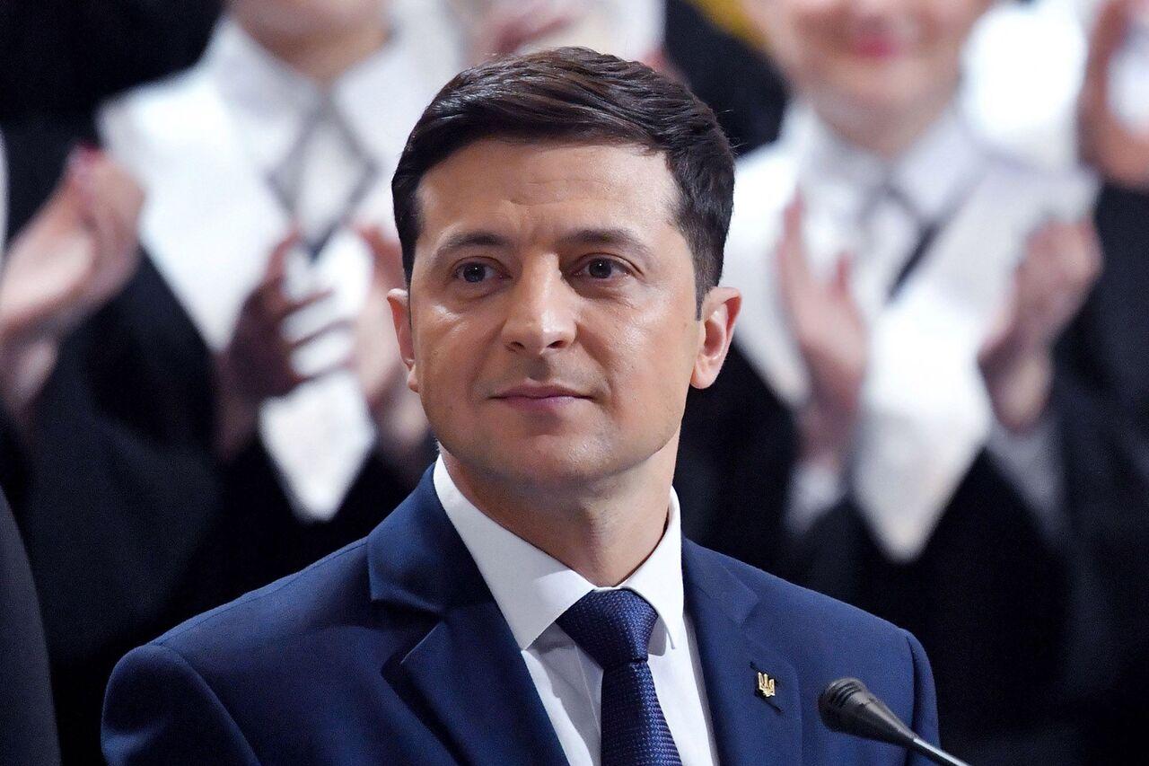 رییس جمهوری اوکراین: در مورد علت سقوط هواپیما گمانه زنی نکنید