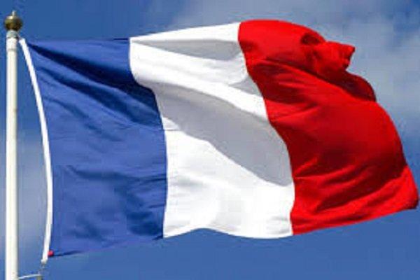 فرانسه: به توافق هسته ای با ایران پایبند می مانیم