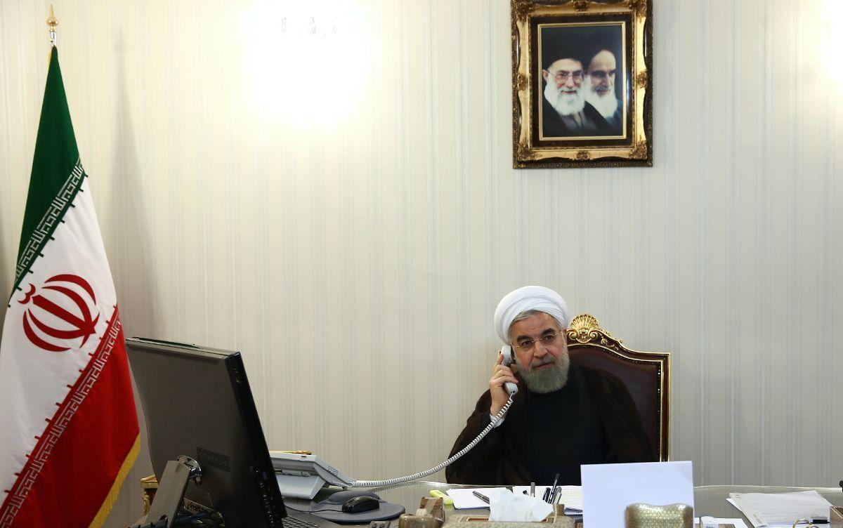 روحانی در تماس تلفنی با استاندار سیستان و بلوچستان بر بکارگیری امکانات برای مدیریت نهایی سیلابها تاکید کرد