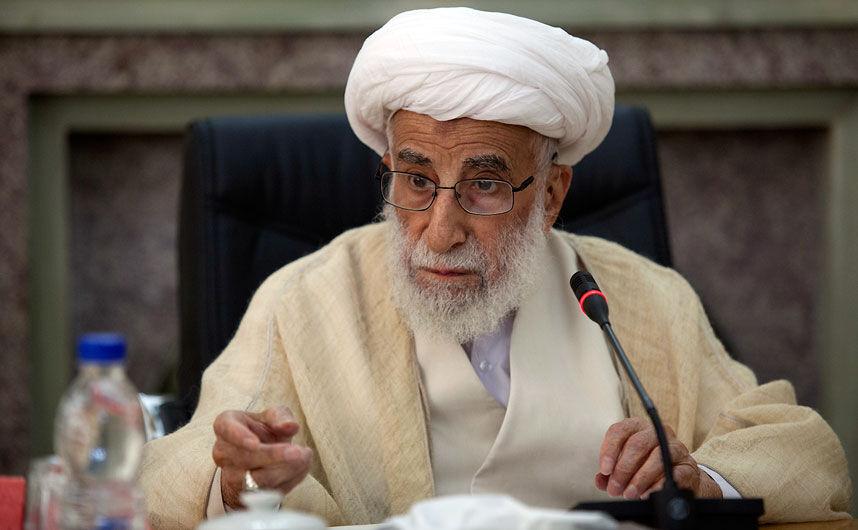 رییس مجلس خبرگان رهبری گفت: شهادت حاج قاسم سلیمانی روحیه ضدآمریکایی مردم را تقویت کرد.