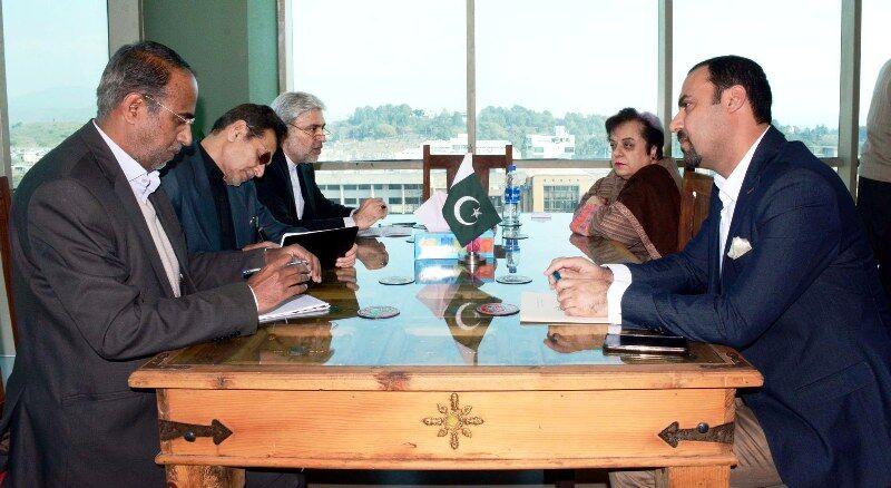 ایران و پاکستان بر تقویت همکاری های حقوق بشری تأکید کردند
