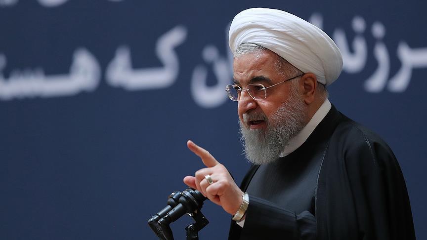 روحانی: آمریکاییها دروغ میگویند که دارو را تحریم نکردهاند