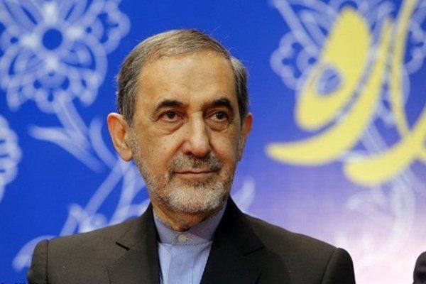 ولایتی: انقلاب بزرگ اسلامى تمام مسلمانان و آزادیخواهان دنیا را امیدوار کرد