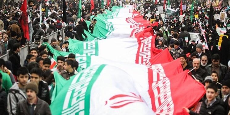 رویترز: ایرانیها در اوج تنشها با آمریکا، سالگرد انقلاب را گرامی داشتند