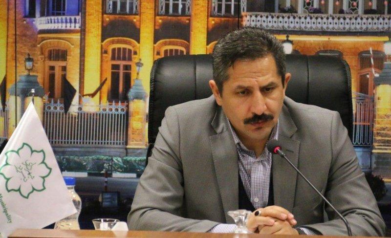 شهردار تبریز: مردم باید حداقل در برف روبی کوچهها مشارکت میکردند