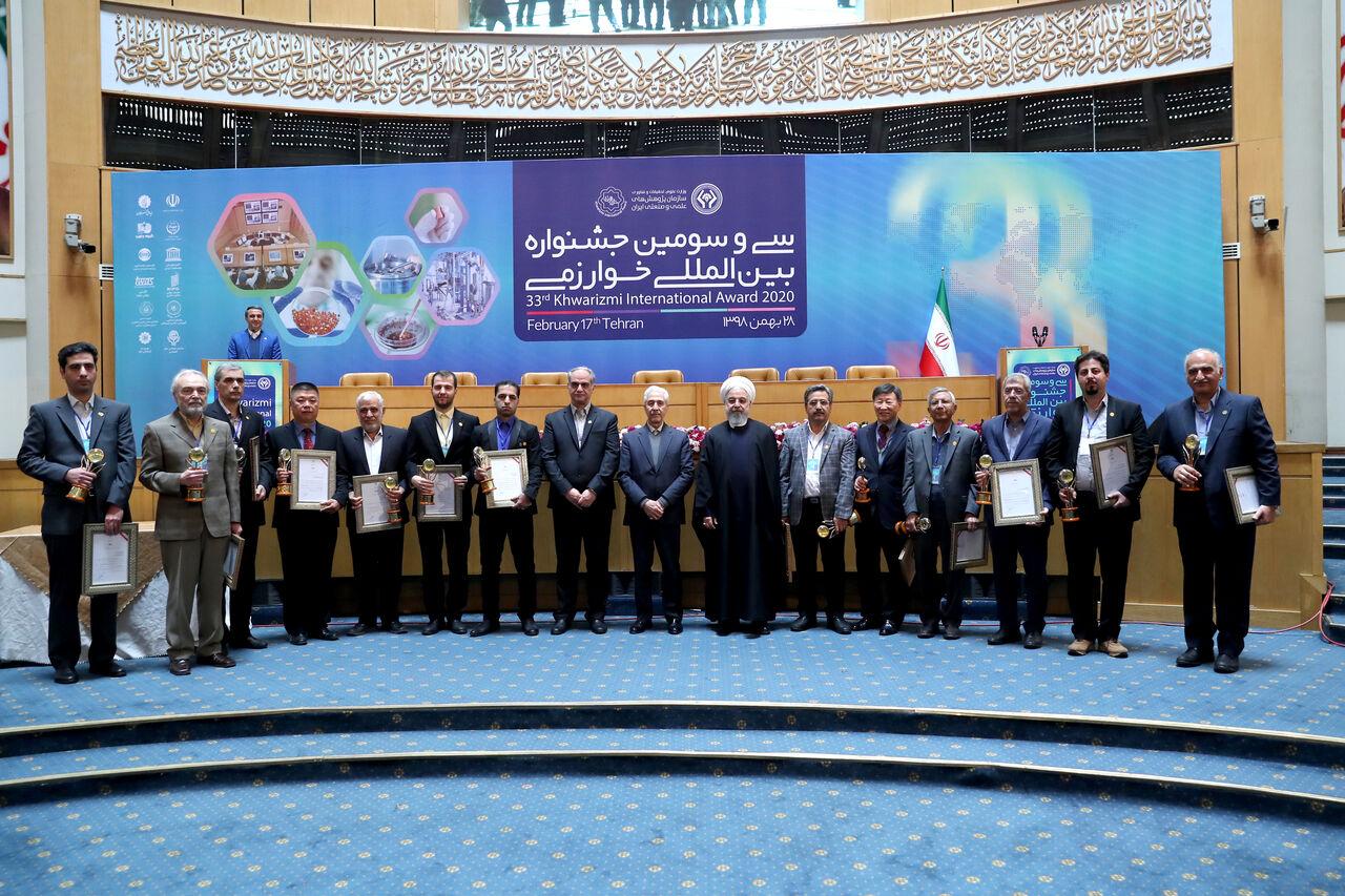 رییس جمهوری از ۱۵ طرح برگزیده جشنواره خوارزمی تقدیر کرد