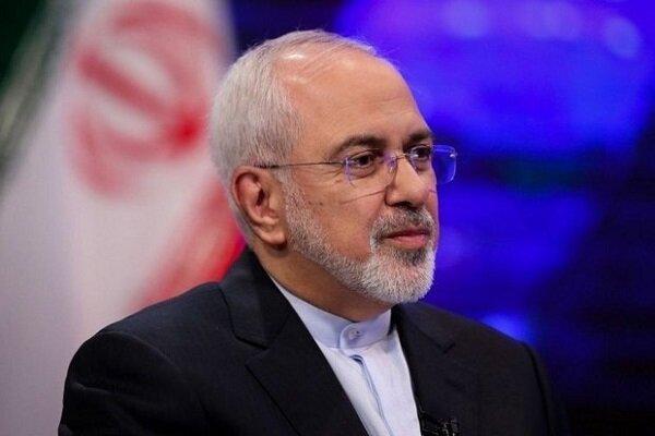ظریف در حاشیه جلسه دولت: دیدارم با سناتورهای آمریکا جدید نیست