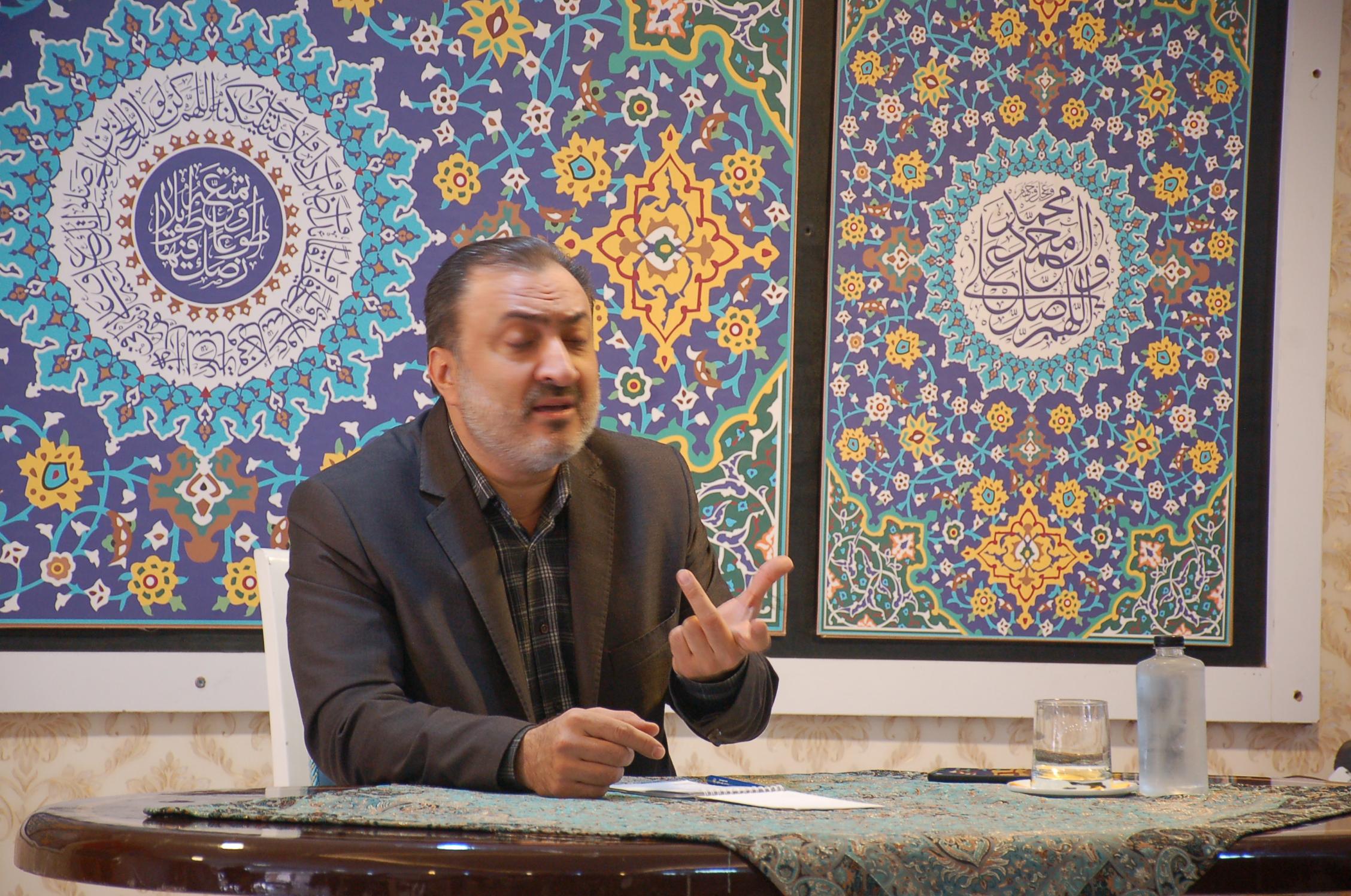 گزارش تصویری نشست خبری دکتر بهزاد وکیلی با اصحاب رسانه