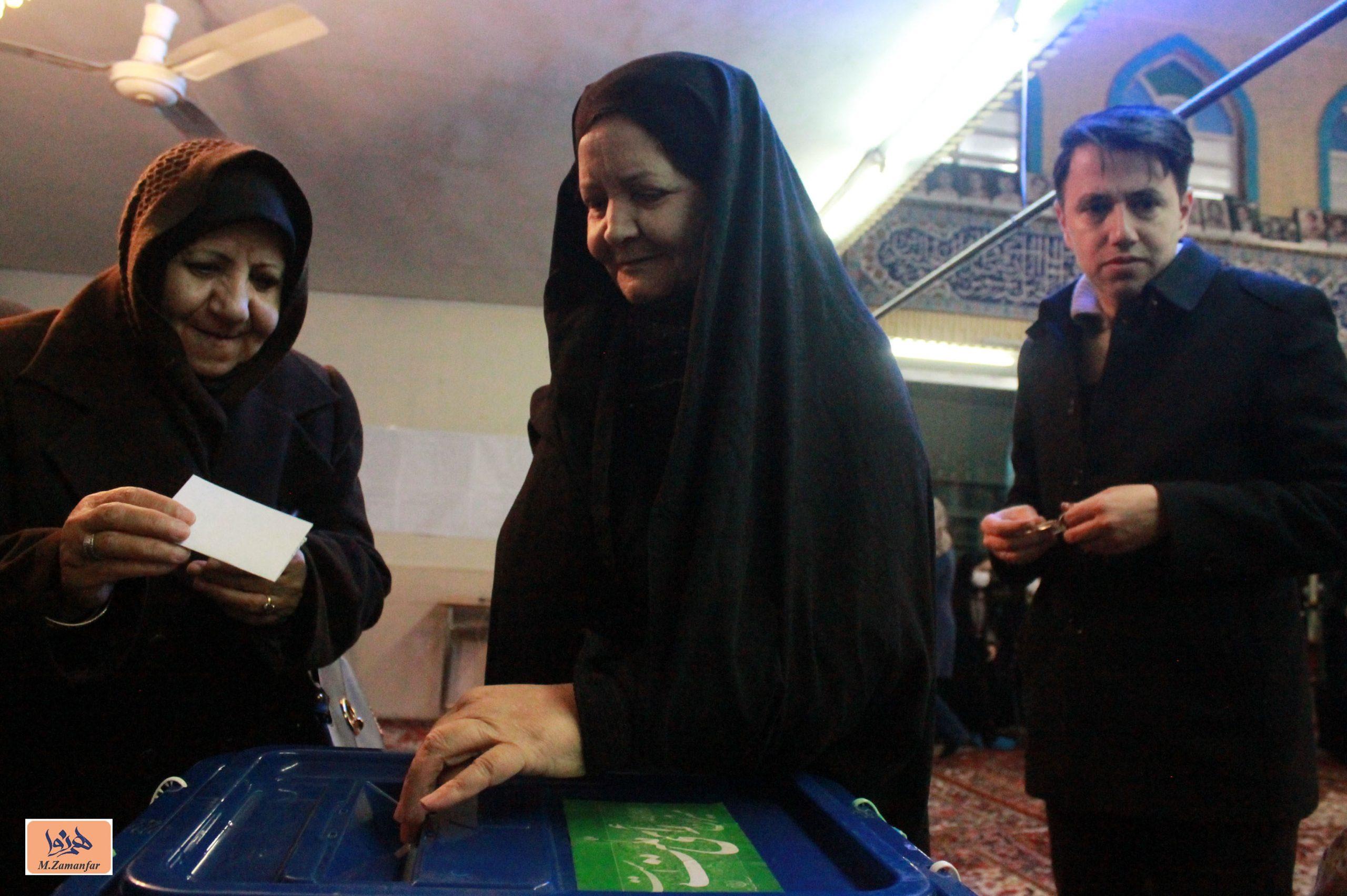 صبحگاه انتخابات در تبریز/گزارش تصویری