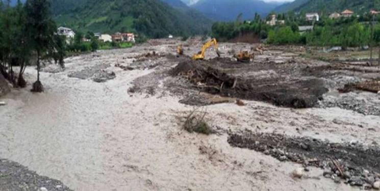 سیل راه ارتباطی بیش از ۱۵ روستای چگنی را قطع کرد